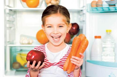Fast food tarzı yiyecekler çocuklarda kronik hastalık nedeni oluyor!