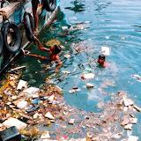 Можно использовать, как плакат плакат загрязнение водоемов