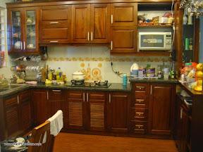 Giá tủ bếp gỗ ở TP HCM