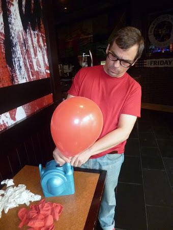 como-hacer-arco-decoracion-globos-02