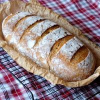 chleb z brytfanny na zakwasie żytnim