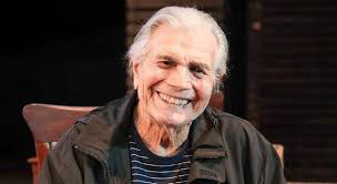 Morre o ator Tarcísio Meira aos 85 anos