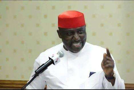 Okorocha Governor gives rice, N407m to APC members in Imo