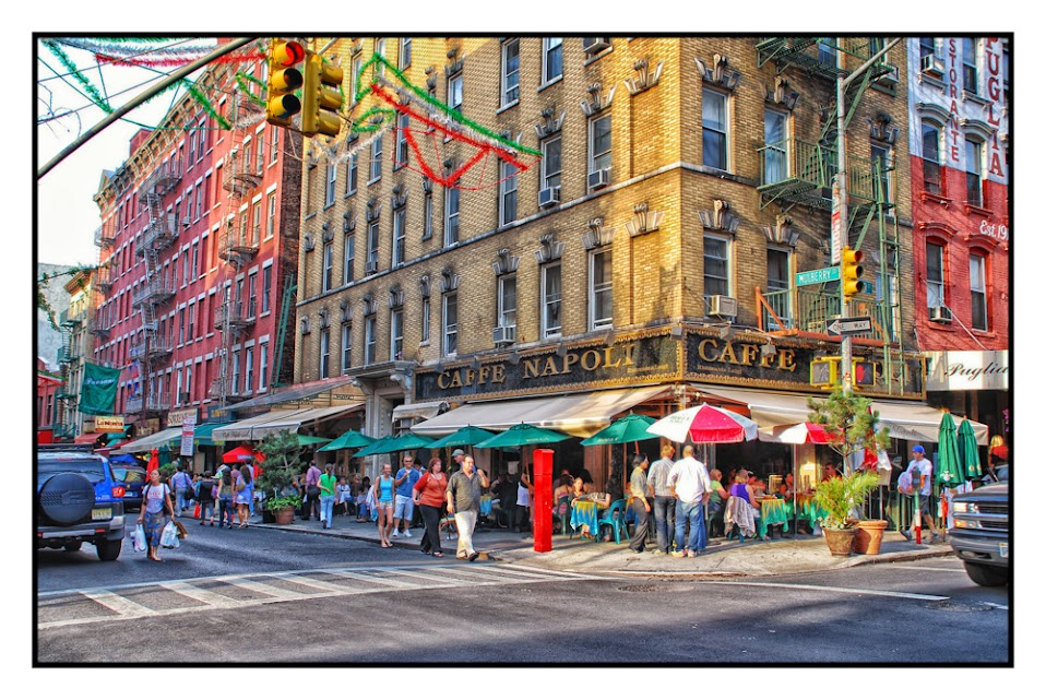 Caffe Napoli, New York City, Little Italy, Street photography, street life, places to visit, tourists