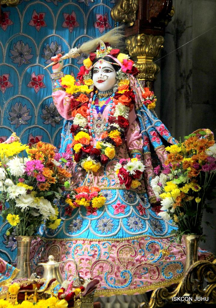 ISKCON Juhu Sringar Deity Darshan on 29th Dec 2016  (6)