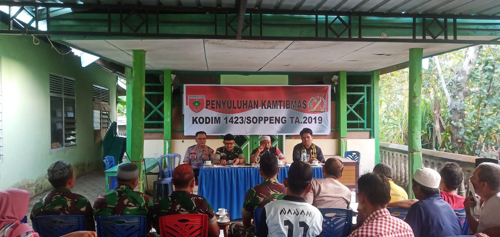 Satgas TMMD dan Polres Soppeng Gelar Penyuluhan Kamtibmas di Desa Patampanua.