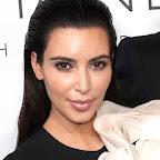 kim-kardashian-long-chic-black-sophisticated-hairstyle.jpg
