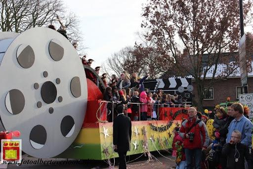 Carnavalsoptocht overloon 10-02-2013 (107).JPG