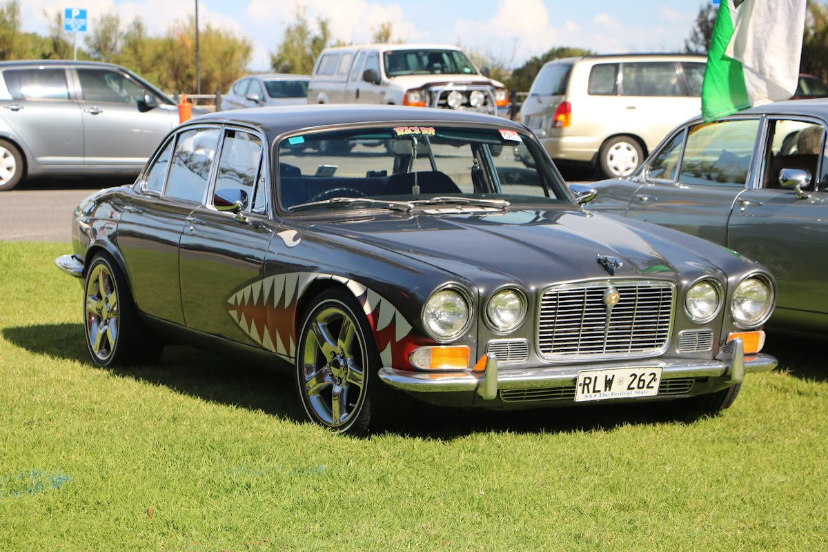 Jaguar XJ6 -  British_Classic_Tour_6_May_2018_0202.JPG