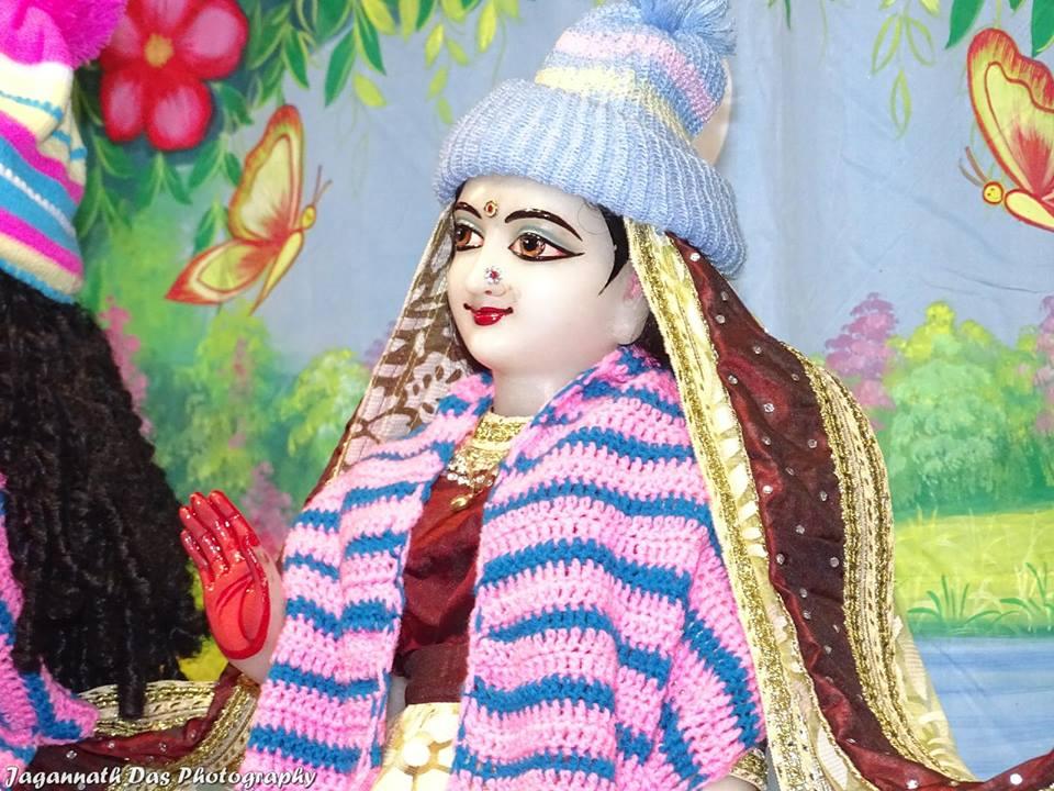 ISKCON Mira Road Deity Darshan 11 Jan 2016  (14)