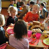 Ontbijt Koningsdag 2016 Theo Thijssenschool - Foto's Harry Wolterman
