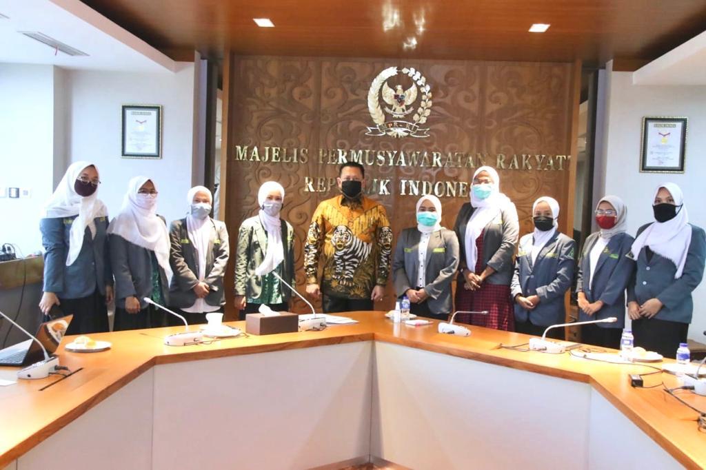 Bamsoet : Kaum Muda Perempuan Harus Siap Raih Tongkat Pimpinan Bangsa