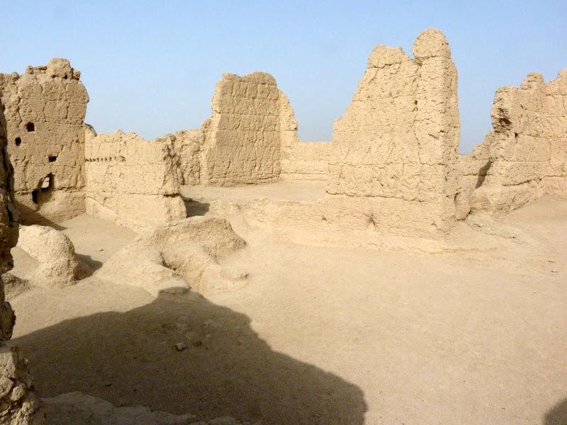XINJIANG.  Turpan. Ancient city of Jiaohe, Flaming Mountains, Karez, Bezelik Thousand Budda caves - P1270789.JPG
