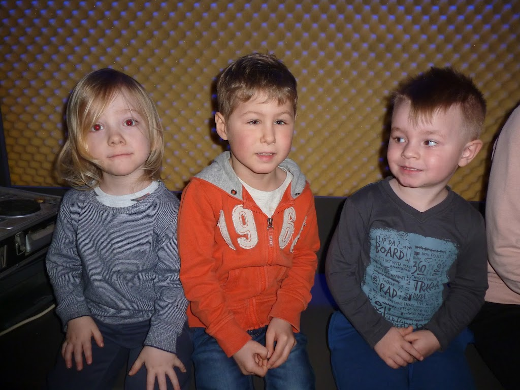 Leefgroep 1 op bezoek in een muziekkamer - P1080946.JPG