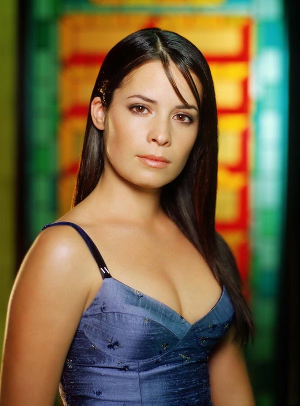Holly Marie Combs part 3:Best,picasa