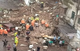 Mumbai Rain Dilemma : Two Buildings Collapse in Malad and Fort Area Amidst Heavy Rain