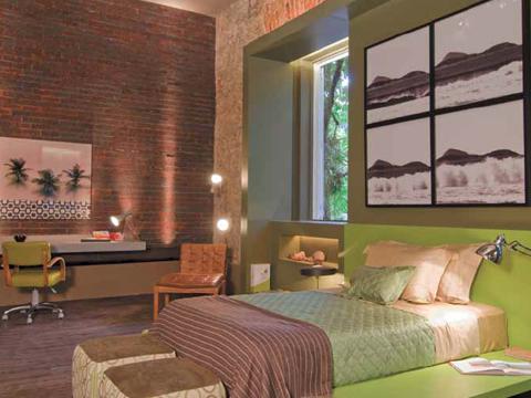 Dormitorio verde rustico y elegante quarto do rapaz via for Decoracion de habitaciones de matrimonio rusticas