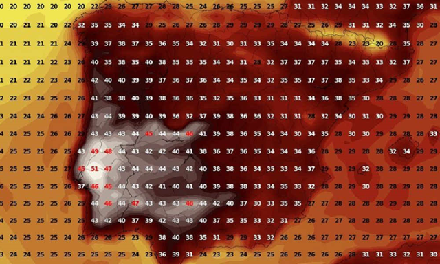 Weather model for maximum temperatures on Saturday, 4 August 2018. Portugal's meteorological agency IPMA said on Wednesday, 1 August 2018, that temperatures in the southern region of Alentejo are forecast to reach 47°C (116.6°F) on Saturday, on par with the national record set in 2003. Some weather models suggest that the maximum temperature could reach as high as 51°C (123.8°F) in some areas. Graphic: wxcharts.eu