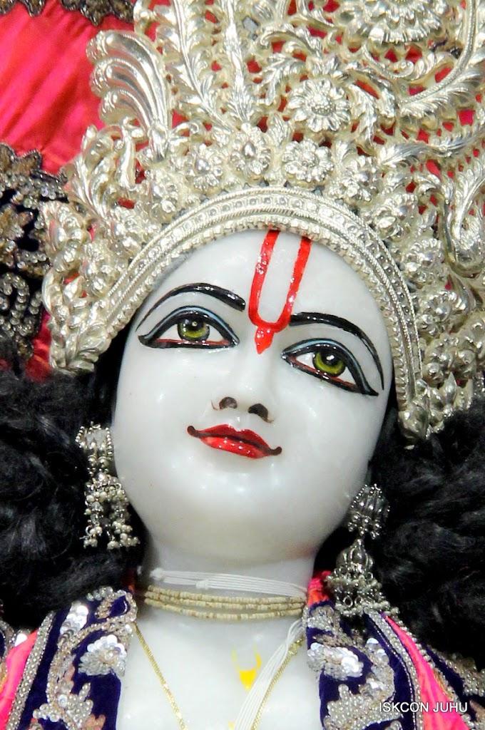 ISKCON Juhu Mangal Deity Darshan on 28th April 2016 (31)