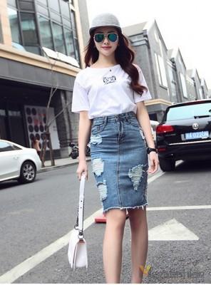 Hinh anh: Thanh lich nhung vo cung ca tinh cac nang co the mix do thoai mai voi vay jeans khong lo thoi tiet