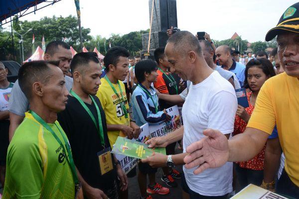 Lari 10 K Kodam V/Brawijaya diikuti 10.000 Pelari