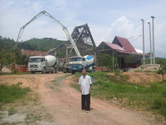 Hình ảnh công trình xây dựng nhà thờ Khánh Vĩnh đang hướng đến ngày hoàn thiện