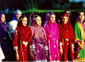 Oman - women in traditional dress