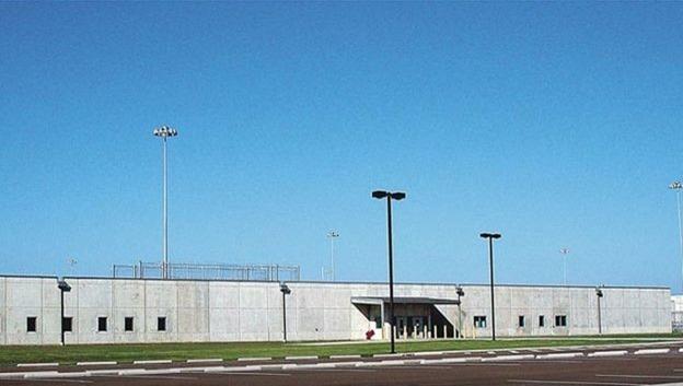 Por que os EUA decidiram deixar de usar prisões privadas