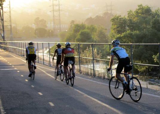 Stolen Vehicle Pursuit Heads For The L A River Bike Path The