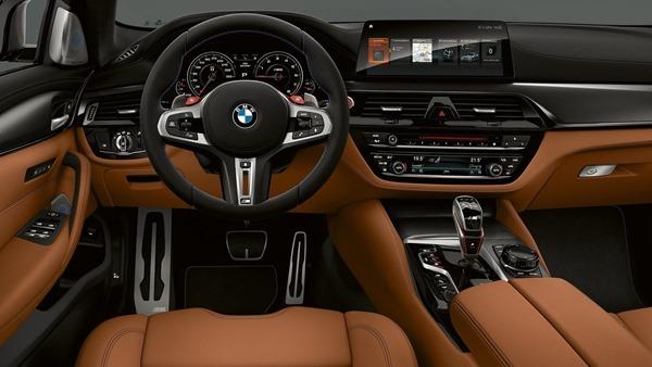 BMW-M5_Competition-interior