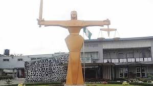 'Yahoo boy' ordered to sweep court premises for 6 months