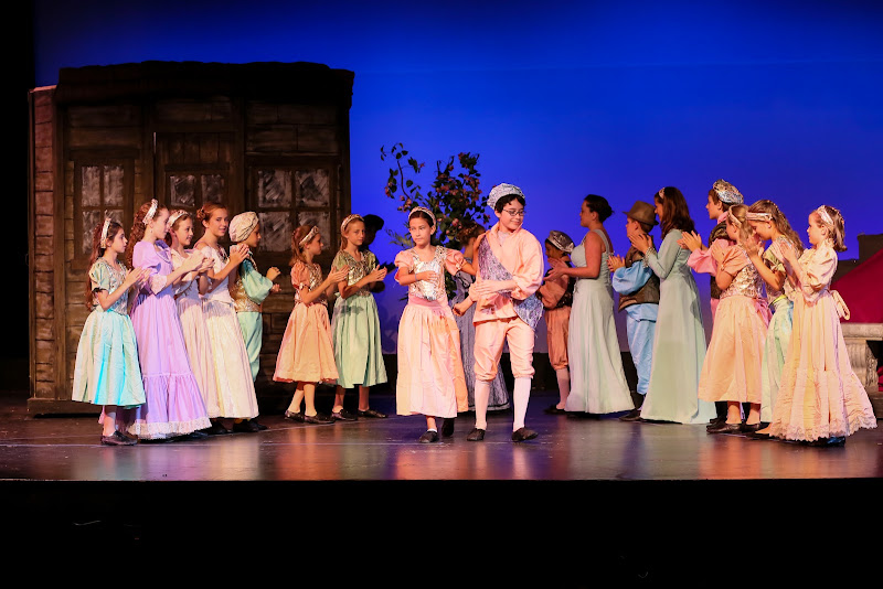 2014Snow White - 116-2014%2BShowstoppers%2BSnow%2BWhite-6520.jpg