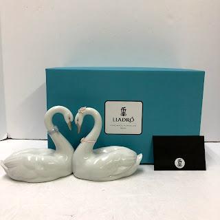Lladro Swans Figurine