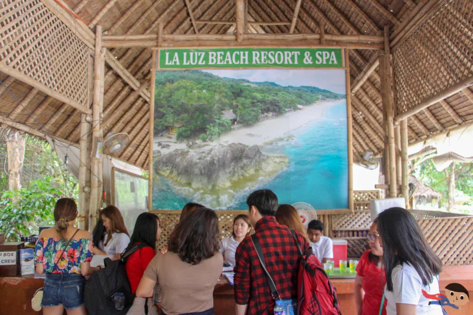Reception area in La Luz Beach Resort & Spa