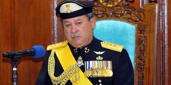 Gambar Sultan Johor Bersarapan Di Kedai Mamak.jpg