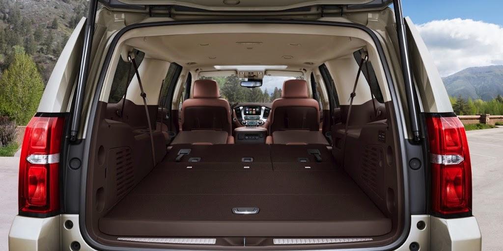 2015-Chevrolet-Suburban-InteriorPowerFoldFlatSeats-003