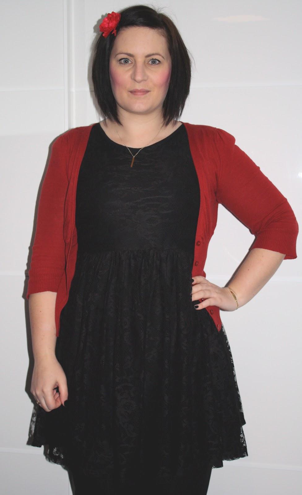a million dresses | UK Fashion and Lifestyle Blog: Red Alert!