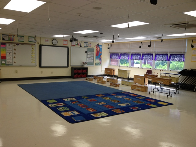 Music with Mrs. Dennis: Tour My Classroom