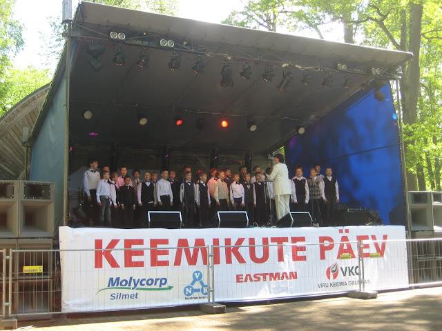 Keemikute päev Jõhvi linnapargis 28.mail 2011 - piter%2Baprill%2B043.jpg