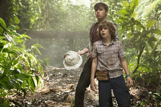 Ty Simpkins and Nick Robinson star as Zack and Gray in Jurassic World