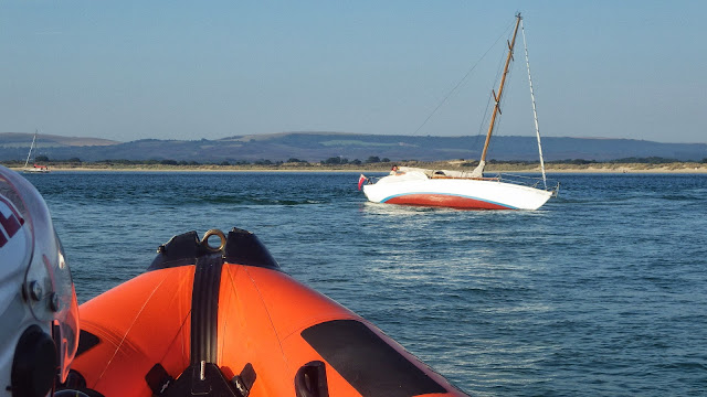 Poole ILB arriving on scene to a yacht aground on Hook Sands in Poole Bay on 8 August 2013 Photo: RNLI/Poole
