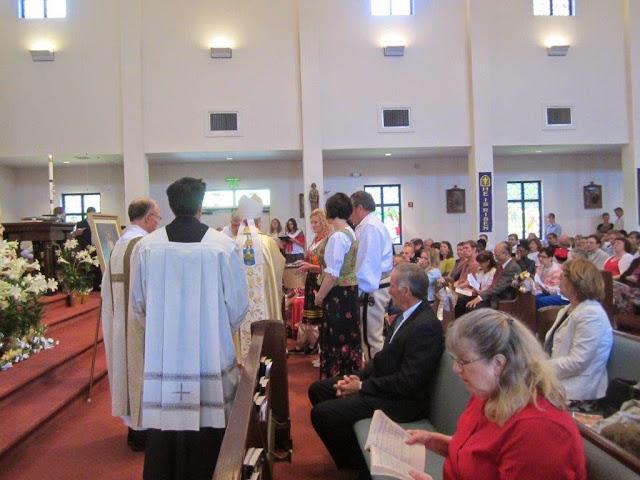 Divine Mercy Sunday, Celebrant Bishop L. Zarama- pictures E. Gürtler-Krawczyńska - 025.jpg