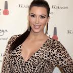 kim-kardashian-long-ponytail-party-black.jpg