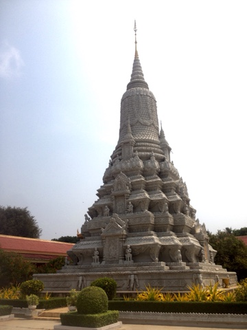 cambodia_stupa