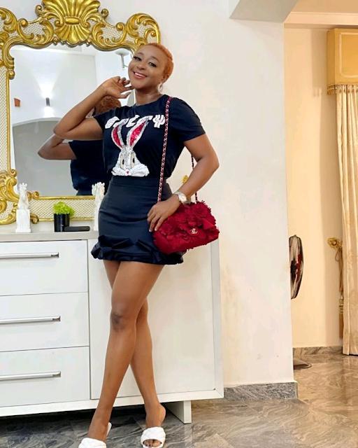 Shapely Nollywood queen Ini Edo photo