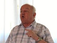 05 Dr. Tőkéczy László előadása közben.JPG