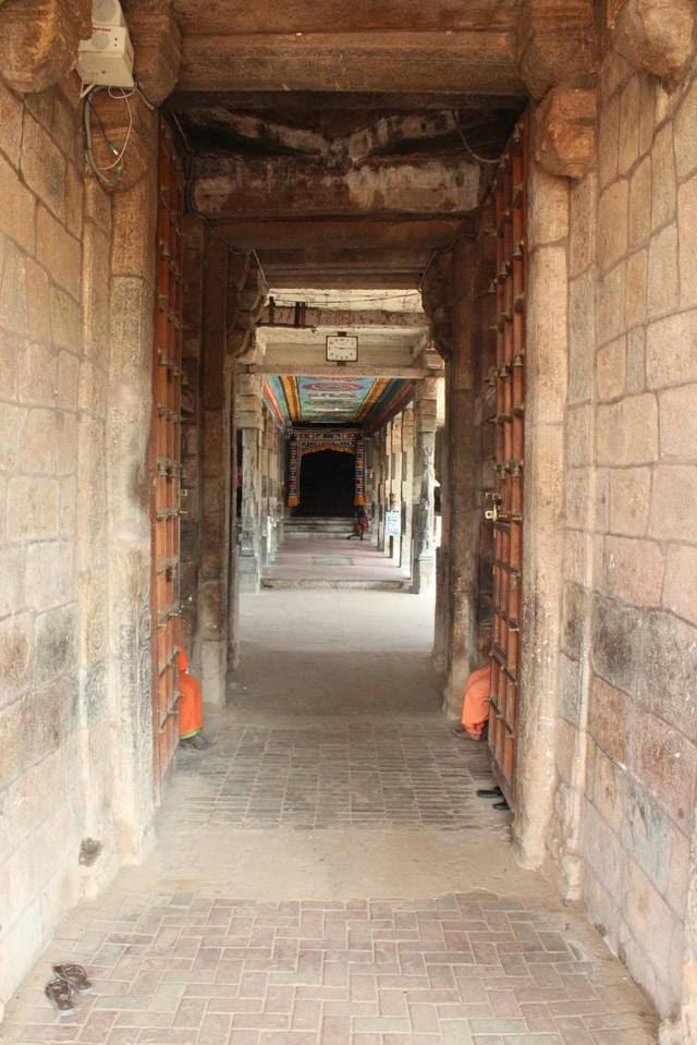 Sri Agneeswarar Temple, Kanjanoor, Mayiladuthurai - 275 Shiva Temples