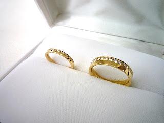 コンセプトが同じデザインでそれぞれの個性が光るマリッジリング(結婚指輪)をオーダーした。