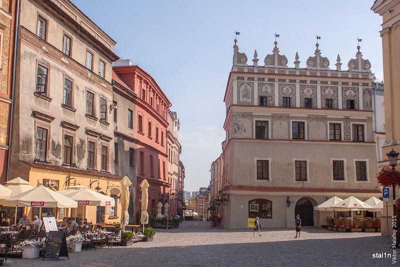 Центральна площа в старому місті