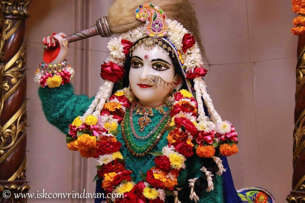ISKCON Vrindavan Sringar Deity Darshan 20 Dec 2015 (2)